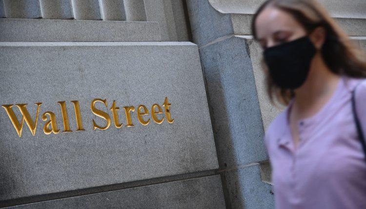 Treasury yields climb after Trump threatens to derail stimulus bill
