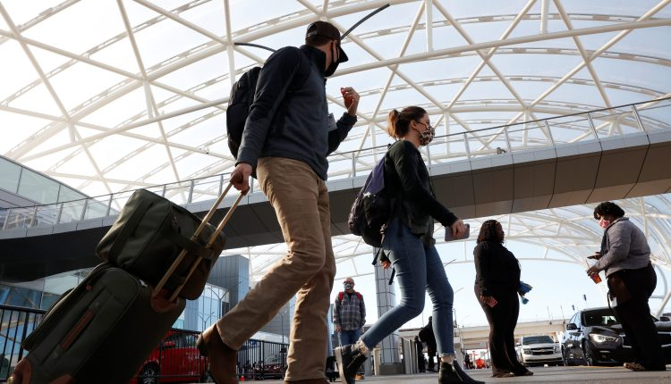 U.S. hasn't seen full Covid brunt from Thanksgiving, Fauci warns