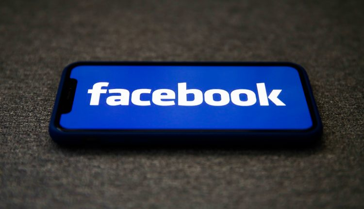 Facebook criticizes Apple privacy change in second day of ad