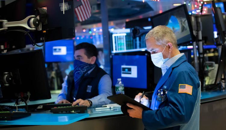 Stock futures rise slightly as Wall Street set to enter