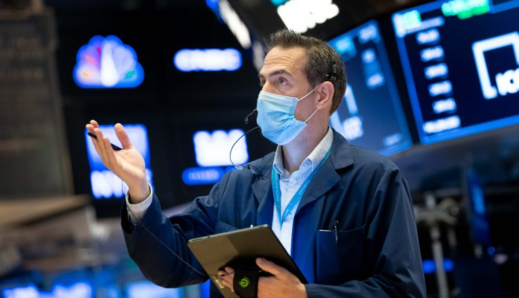 Stock futures flat after Wall Street rally, Fed in focus