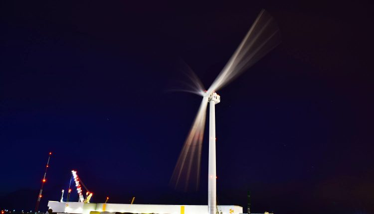 GE's giant turbines to power last phase of huge offshore