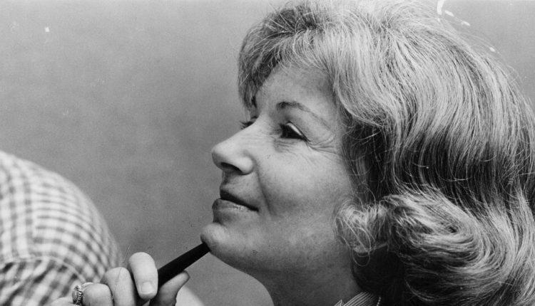 Jeannie Morris, Trailblazing Chicago Sportscaster, Dies at 85