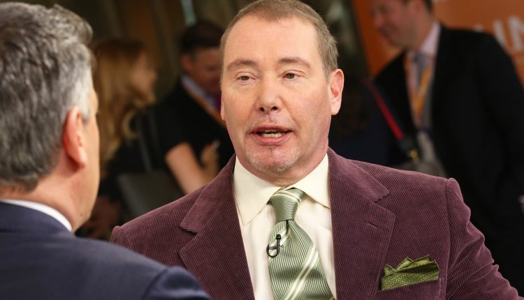 Jeff Gundlach says stock market valuations are extraordinarily high, supported