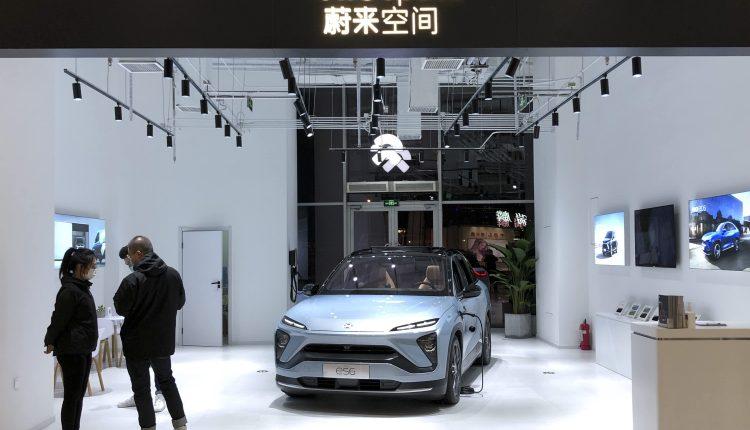 Nio, Tesla, Roku, Lululemon & more