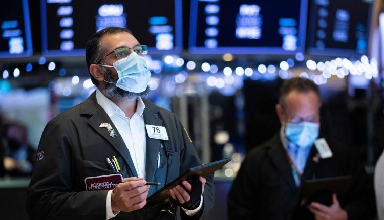 Stock futures flat after markets hit records in previous session,
