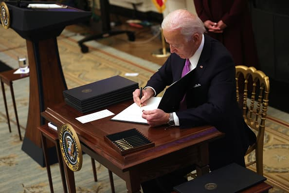 Biden wants to end confusion over when unemployed workers can