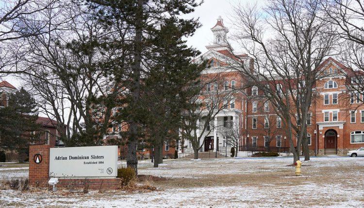'It's Numbing': Nine Retired Nuns in Michigan Die of Covid-19
