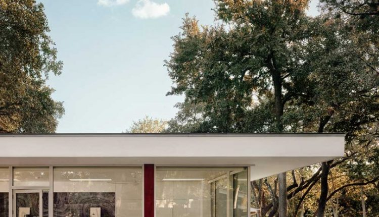 A Spacious Accessory Dwelling Unit in Austin Complete With a