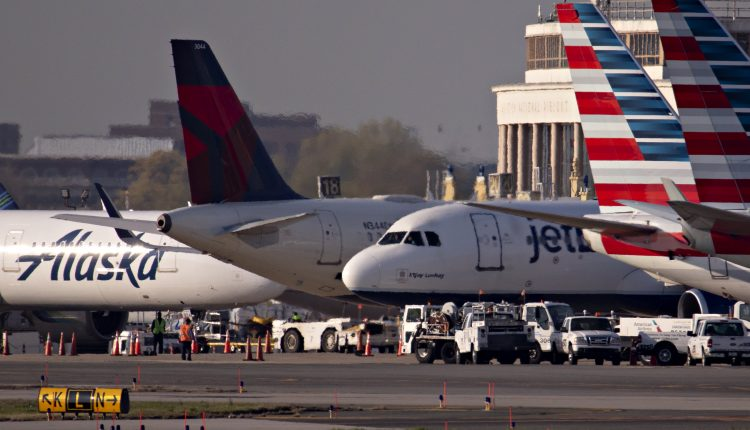 Airlines' latest challenge: Rising jet fuel prices
