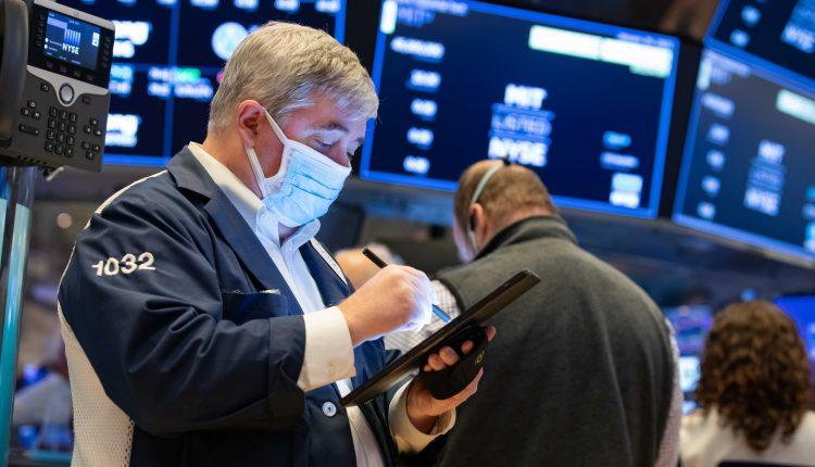 Powerful corporate profits have investors cheering