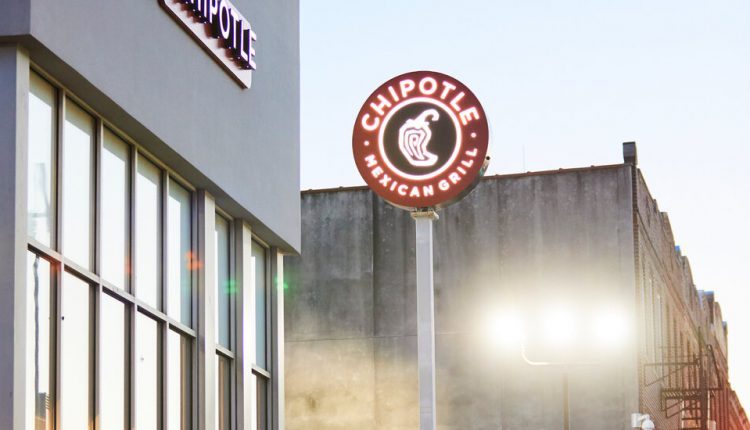 Drive-Throughs That Predict Your Order? Restaurants Are Thinking Fast