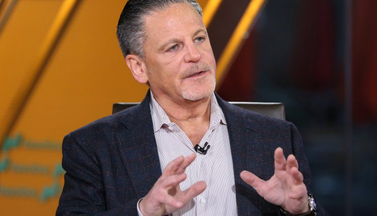 Rocket Mortgage founder Dan Gilbert made $30 billion on paper
