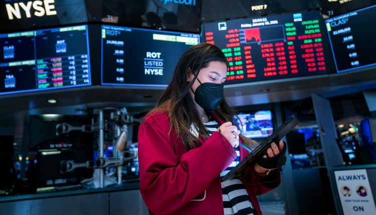 Dow futures rise, extending Monday's 300-point rally