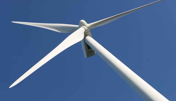 Major offshore wind farm using huge turbines starts to produce