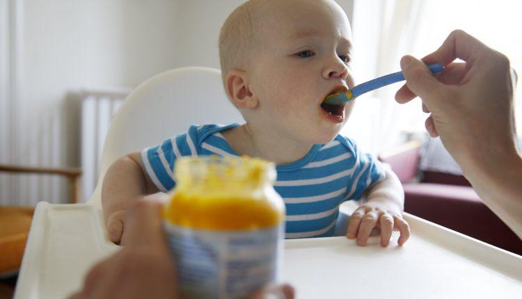Democrats push FDA to regulate toxic metals in baby food