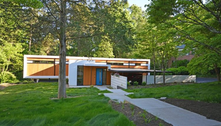 The Pine Valley Residence Gets Updated by Its New Homeowner