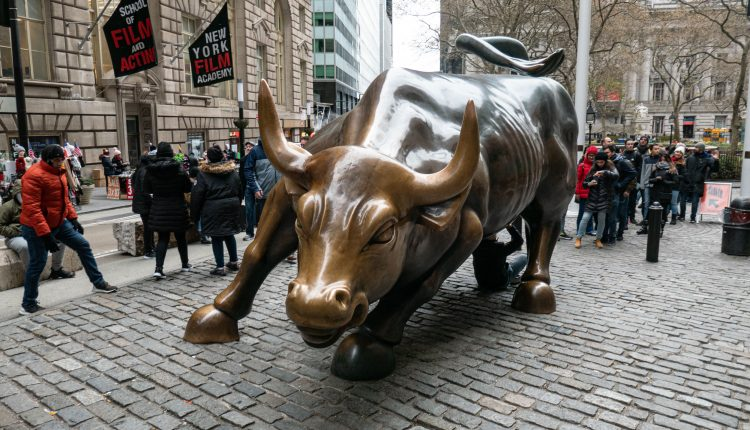 Beat the S&P handily by owning cyclicals and growth: Art