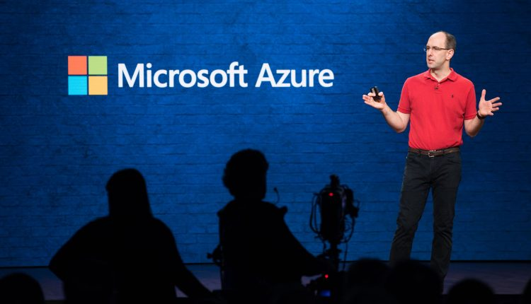Microsoft tells cloud customers about data center energy efficiency