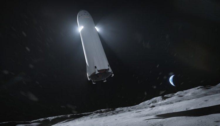 SpaceX Wins NASA $2.9 Billion Contract to Build Moon Lander