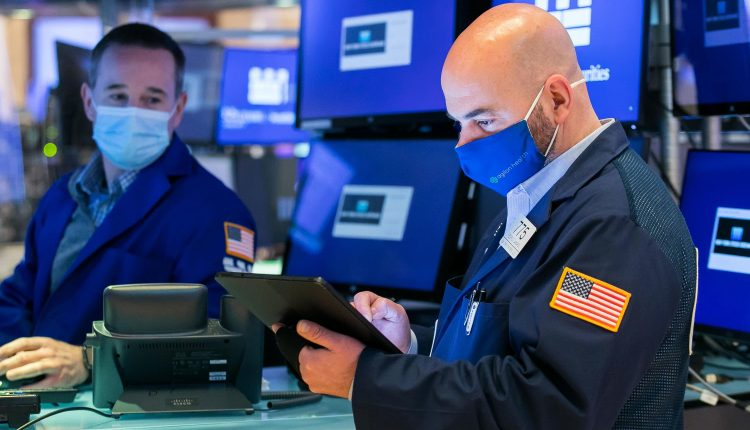 Stock futures are flat after Dow, S&P 500 post losing