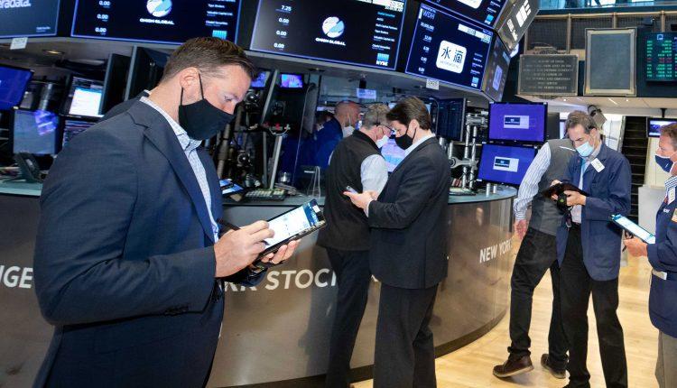 Choppiness will rule market through next month, Art Hogan predicts