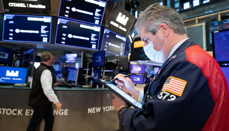 Stock futures are flat after strong start to the trading