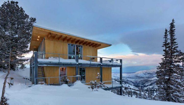 Schemata Architects Designs a Modern Chalet on Powder Mountain in