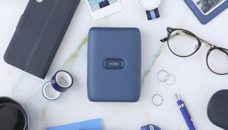Fujifilm's Instax Mini Link Is a Smartphone Printer That Fits
