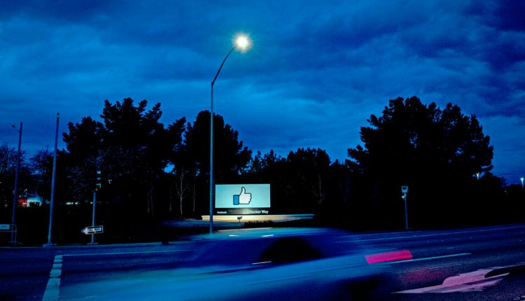 Inside Facebook's Data Wars – The New York Times