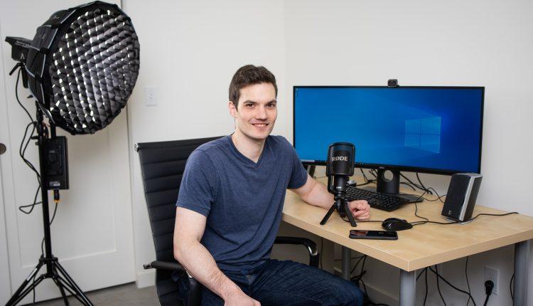 Former Microsoft employee makes better living making YouTube videos