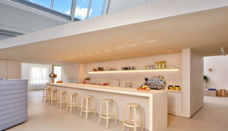 Vitra Club Office Leans Into the Collaborative Value of Working