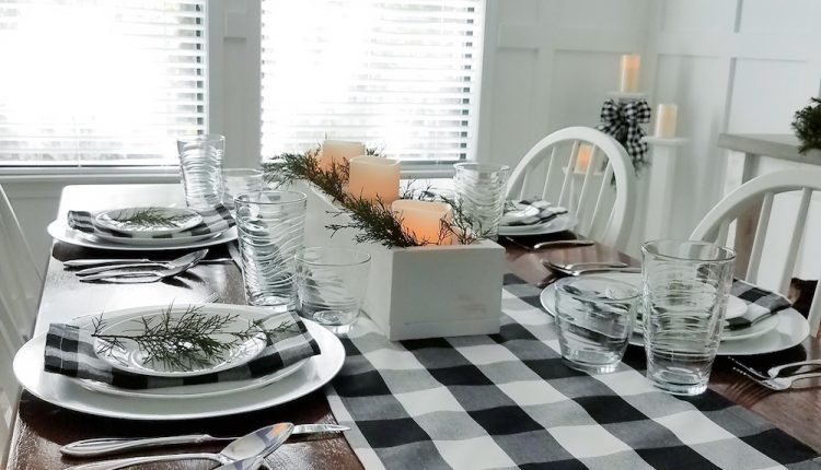 Adding A Touch of Winter To Our Dining Room this