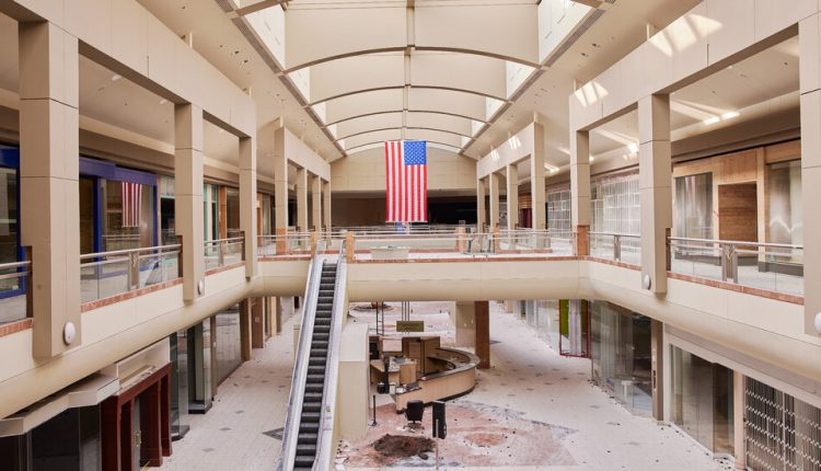 Auctioning Off a Dead Mall