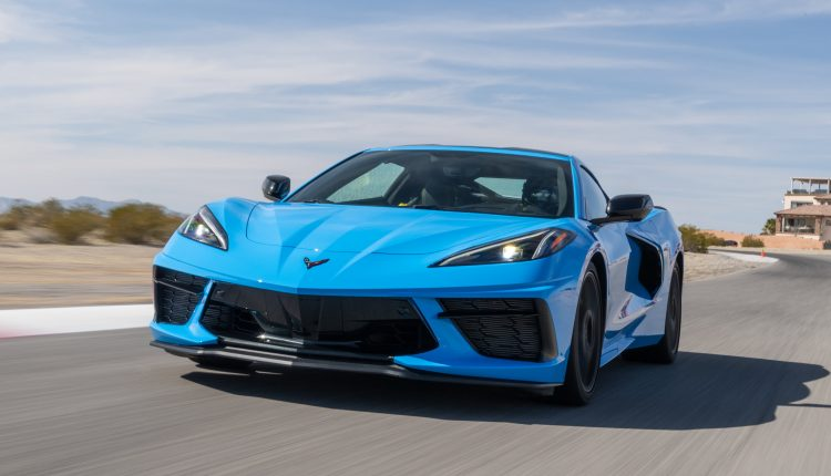 GM's sales rose 4.8% in the fourth quarter in an