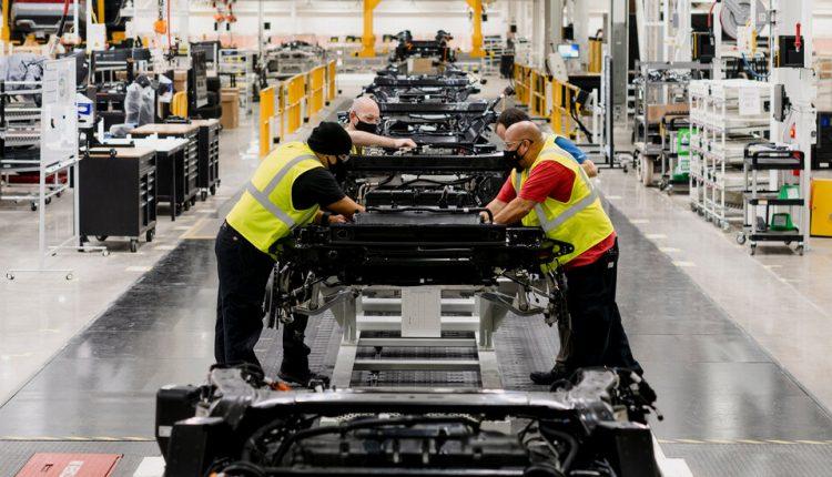 The Next Tesla? Investors Bet Big on Electric Truck Maker