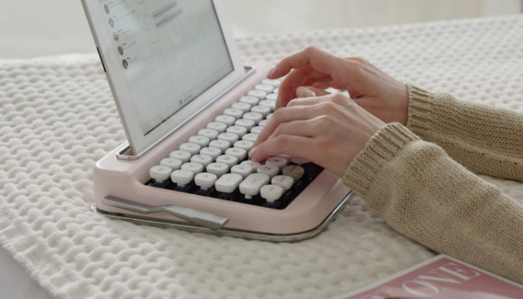 A Vintage Typewriter-Inspired Bluetooth Keyboard