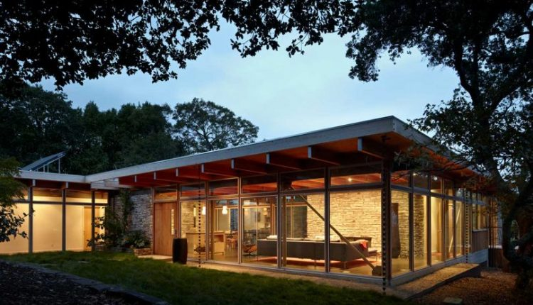A 1950s Home Honors its Past While Becoming a Sustainable