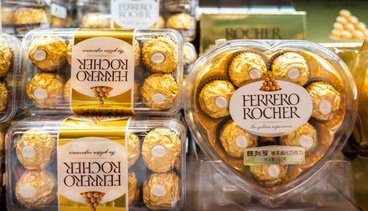Chocolate sales are booming this Valentine's Day, as consumers stay