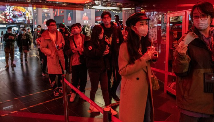 A Bored China Propels Box Office Sales to a Record