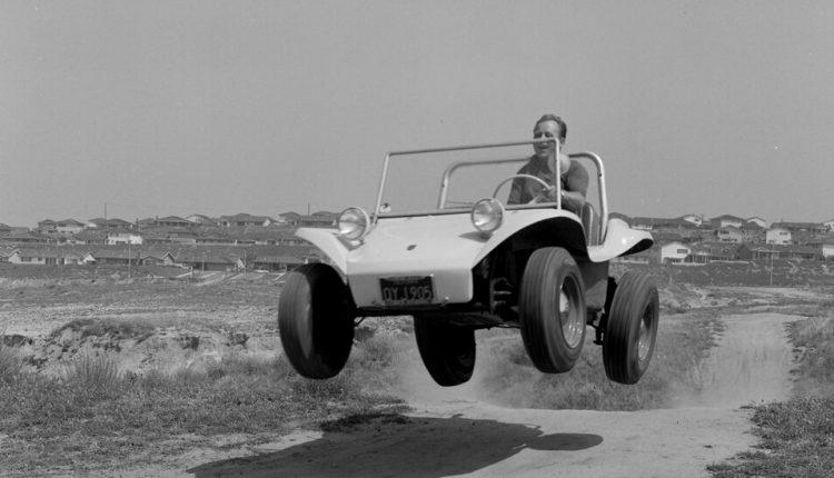 Bruce Meyers, Who Built the First Fiberglass Dune Buggy, Dies