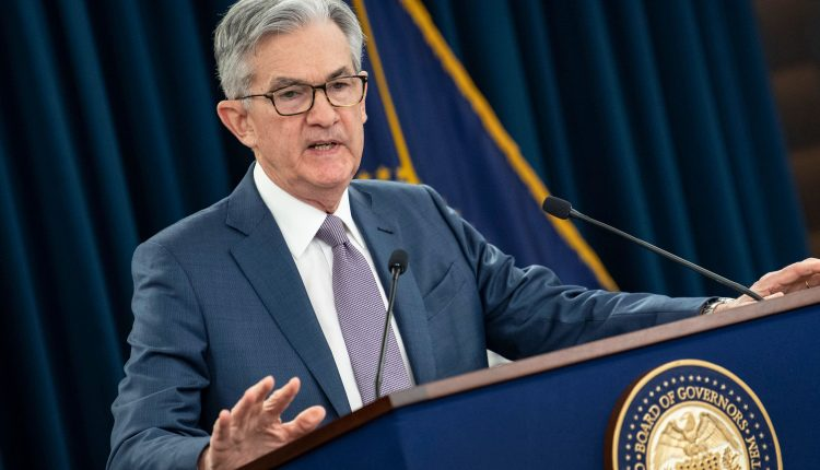 Fed sees stronger economy, higher inflation, but no rate hikes