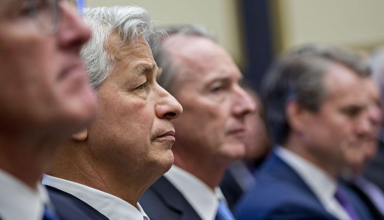 Bank CEOs return to Capitol Hill for second day of