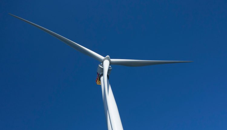 U.S. gives go-ahead for first major offshore wind farm