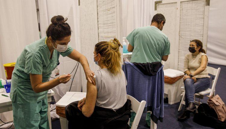 Pfizer Covid vaccine 39% effective in Israel, prevents severe illness