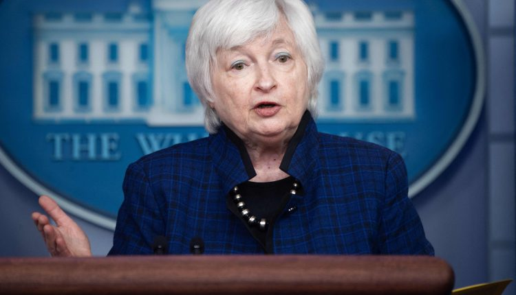Treasury Secretary Yellen to discuss stablecoins with regulators next week