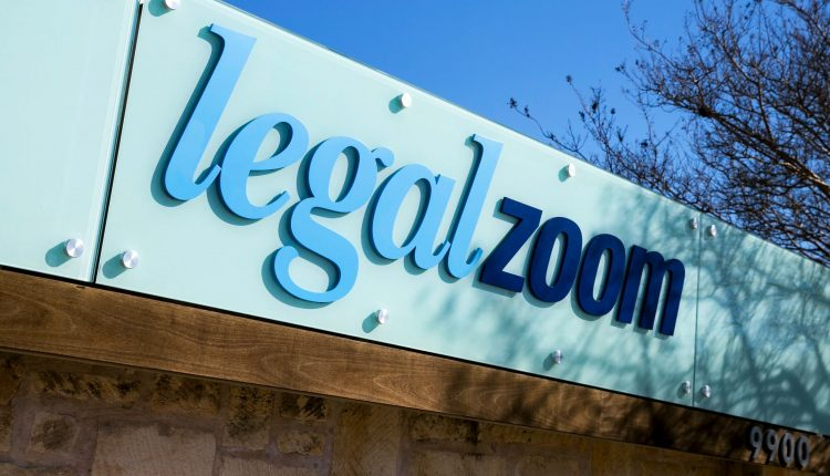 LegalZoom debuted up 35%; CEO sells further push into digital