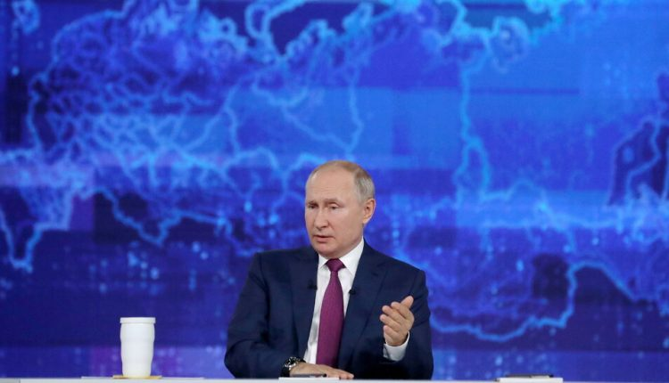 As Covid Rages, Putin Pushes Russians to Get a (Russian)