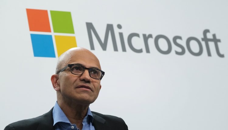 Microsoft will require vaccines for US workers, vendors, visitors