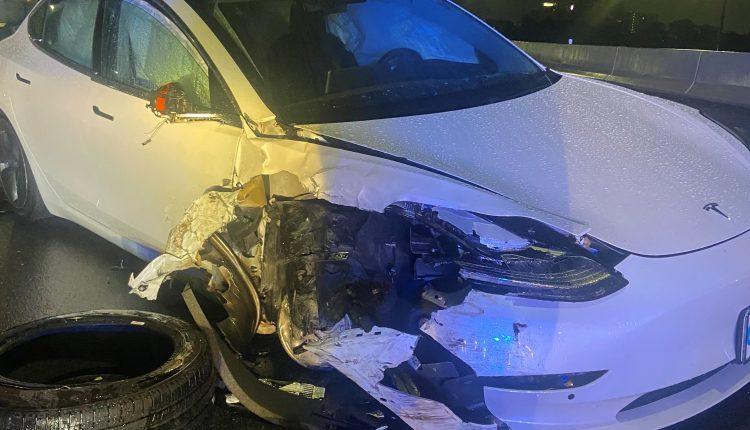 Tesla Model 3 hit a parked police car in Orlando,